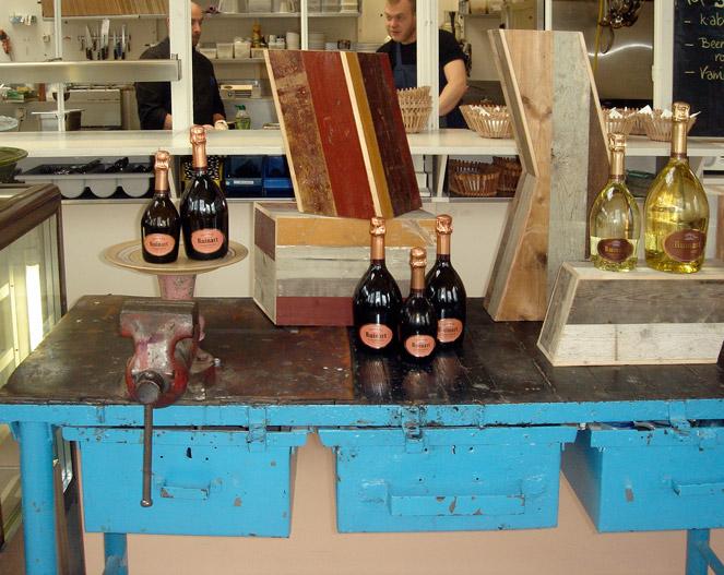 Schraubstock und Champagner = Piet Hein Eek und Ruinart